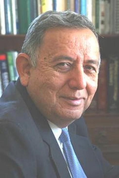 Robert-Salas.jpg